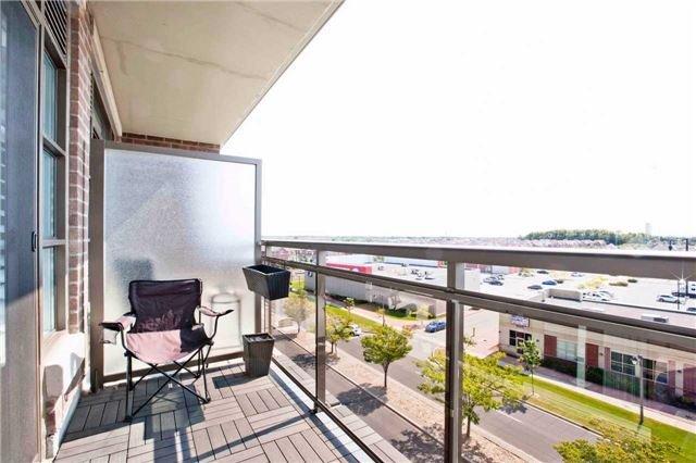 Condo Apartment at 540 Bur Oak Ave, Unit 611, Markham, Ontario. Image 6
