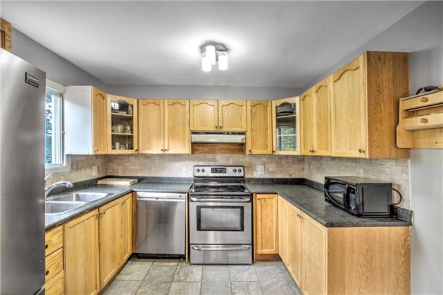 Detached at 140 The Queensway South Ave S, Georgina, Ontario. Image 16