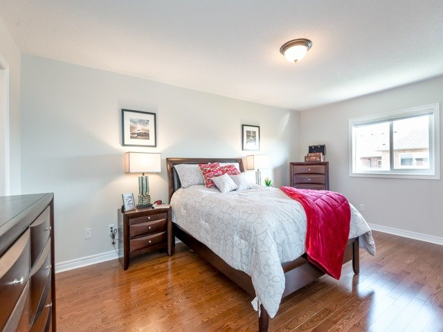 Townhouse at 78 Cedarcrest Cres, Richmond Hill, Ontario. Image 3