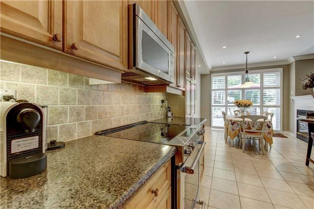 Link at 32 Carriage House Crt, Richmond Hill, Ontario. Image 20