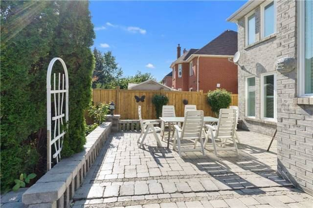 Detached at 698 Gagnon Pl, Newmarket, Ontario. Image 7
