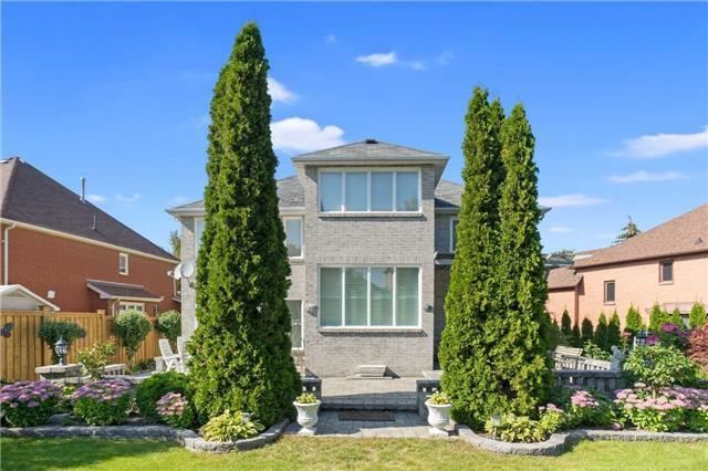Detached at 698 Gagnon Pl, Newmarket, Ontario. Image 10