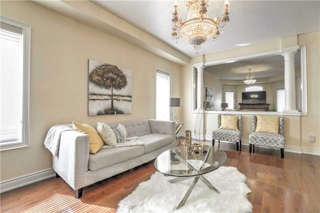 Detached at 28 Heirloom St, Richmond Hill, Ontario. Image 14