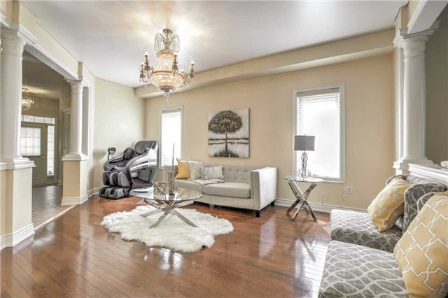 Detached at 28 Heirloom St, Richmond Hill, Ontario. Image 15