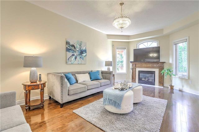 Detached at 28 Heirloom St, Richmond Hill, Ontario. Image 17