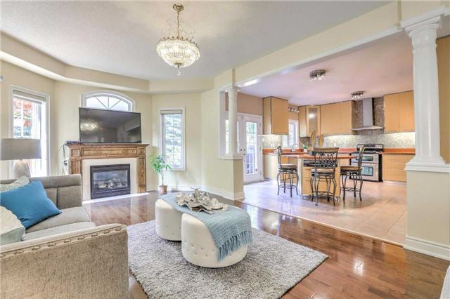 Detached at 28 Heirloom St, Richmond Hill, Ontario. Image 18