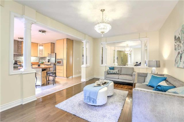 Detached at 28 Heirloom St, Richmond Hill, Ontario. Image 19