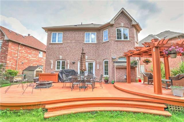 Detached at 28 Heirloom St, Richmond Hill, Ontario. Image 11