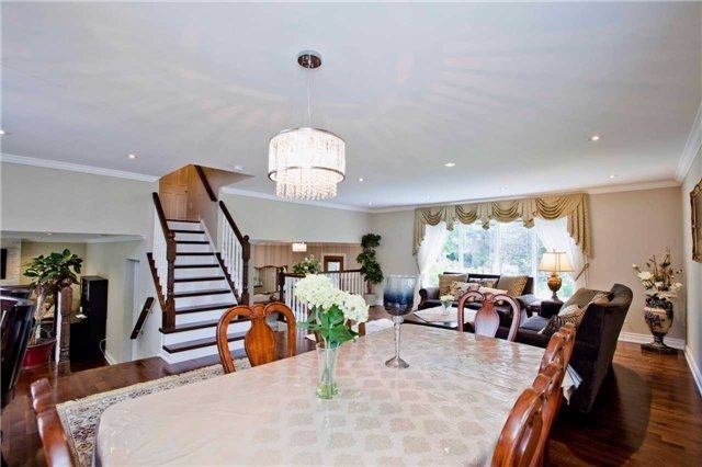 Detached at 81 Dawn Hill Tr, Markham, Ontario. Image 16