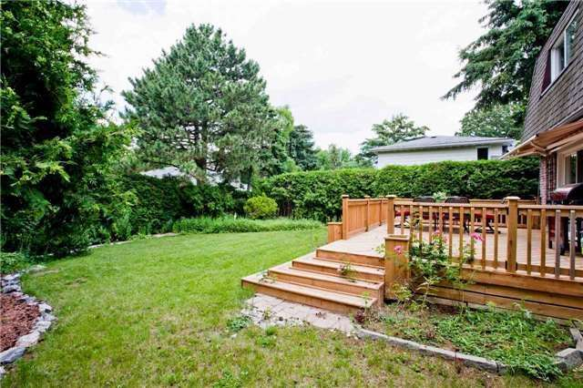 Detached at 81 Dawn Hill Tr, Markham, Ontario. Image 11