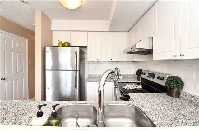 Condo Apartment at 110 Cornell Park Ave, Unit C212, Markham, Ontario. Image 17