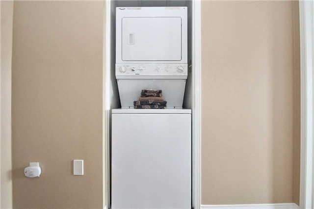 Condo Apartment at 110 Cornell Park Ave, Unit C212, Markham, Ontario. Image 8