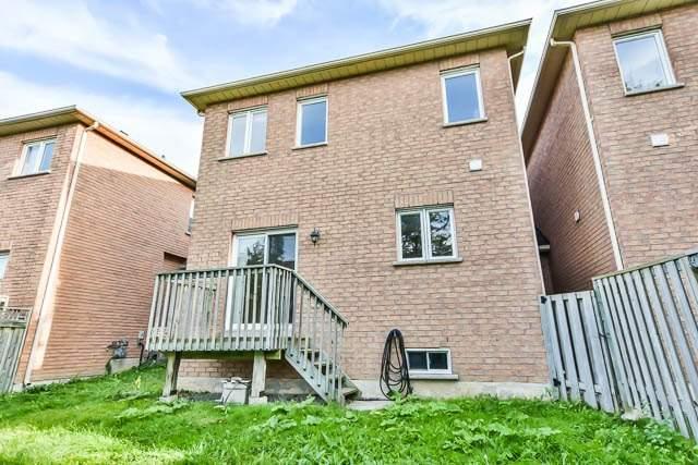 Semi-detached at 236 Farmstead Rd, Richmond Hill, Ontario. Image 13