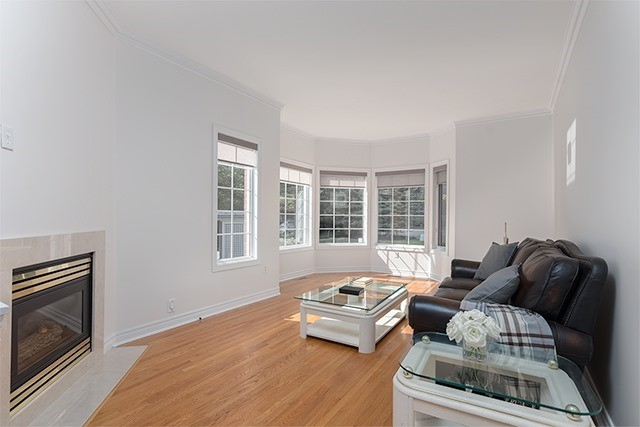 Condo Townhouse at 255 Shaftsbury Ave, Unit 19, Richmond Hill, Ontario. Image 13
