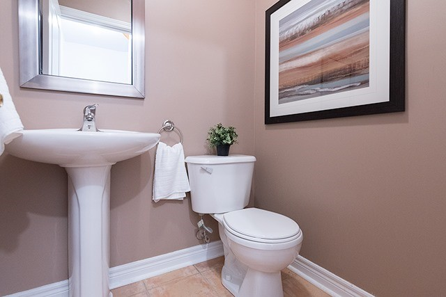 Condo Townhouse at 255 Shaftsbury Ave, Unit 19, Richmond Hill, Ontario. Image 16