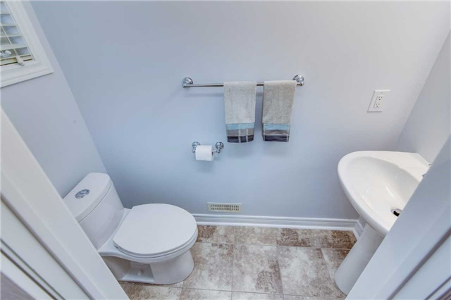 Semi-detached at 85 Mary Ellen Baker Cres, Vaughan, Ontario. Image 12