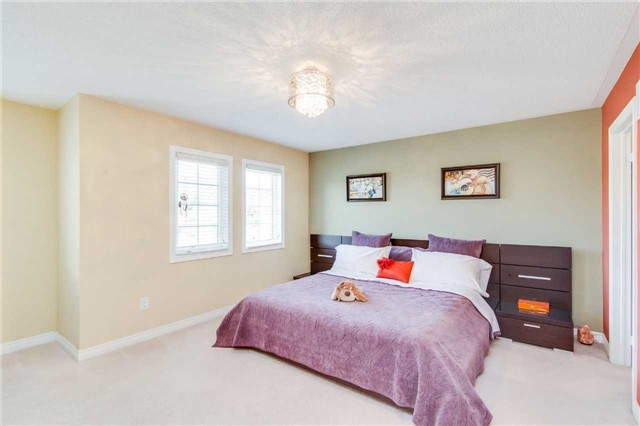 Semi-detached at 85 Mary Ellen Baker Cres, Vaughan, Ontario. Image 10