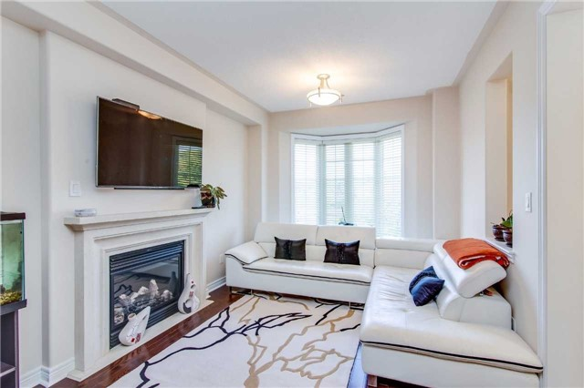 Semi-detached at 85 Mary Ellen Baker Cres, Vaughan, Ontario. Image 11