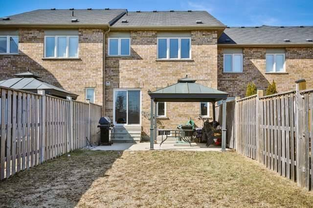 Townhouse at 53 Crestbank Crt, Vaughan, Ontario. Image 8