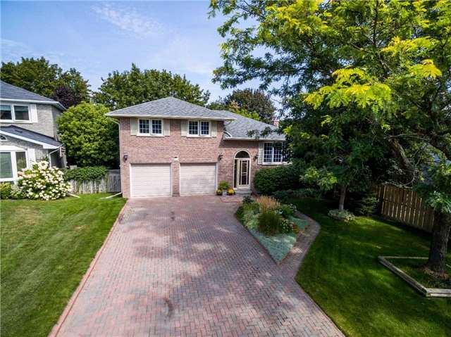Detached at 11 Jennifer Crt, Bradford West Gwillimbury, Ontario. Image 1