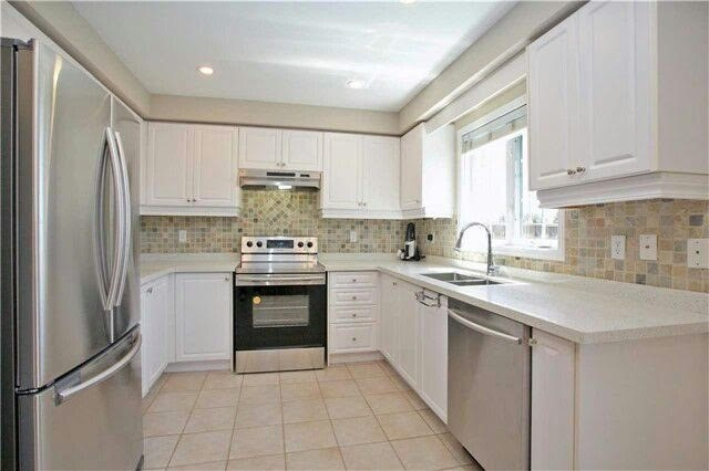 Townhouse at 19 Waterton Cres, Richmond Hill, Ontario. Image 14