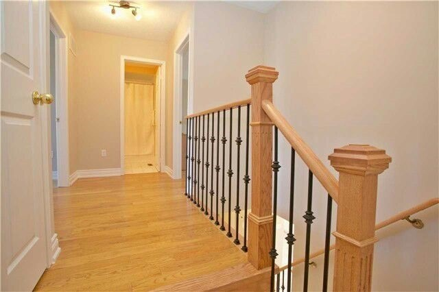 Townhouse at 19 Waterton Cres, Richmond Hill, Ontario. Image 16