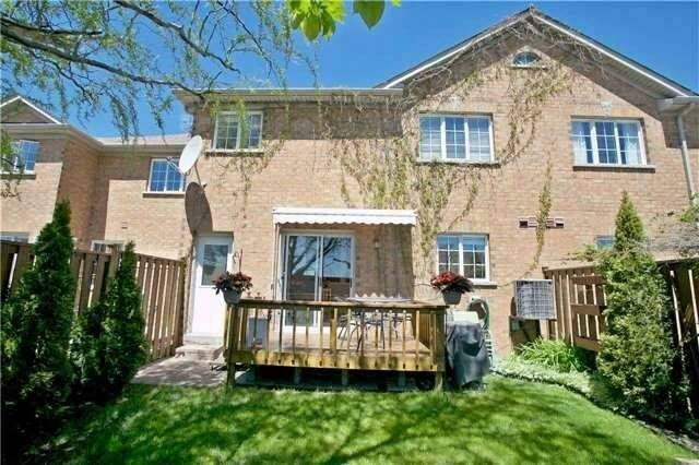 Townhouse at 19 Waterton Cres, Richmond Hill, Ontario. Image 10