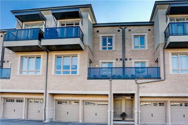 Condo Townhouse at 105 Kayla Cres, Unit 18, Vaughan, Ontario. Image 1