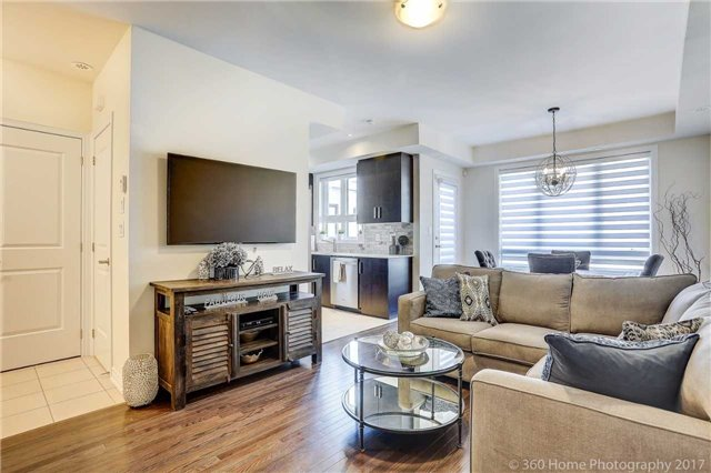 Condo Townhouse at 105 Kayla Cres, Unit 18, Vaughan, Ontario. Image 16