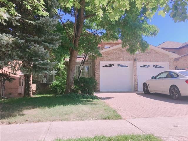 Detached at 3 Hollingham Rd, Markham, Ontario. Image 1