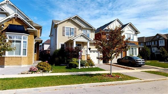Detached at 72 Greenhouse Lane, Whitchurch-Stouffville, Ontario. Image 12