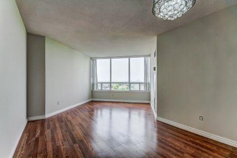 Condo Apartment at 110 Promenade Circ, Unit 706, Vaughan, Ontario. Image 16