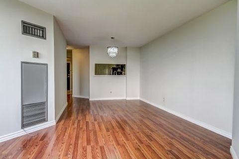 Condo Apartment at 110 Promenade Circ, Unit 706, Vaughan, Ontario. Image 18