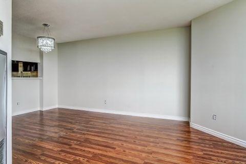 Condo Apartment at 110 Promenade Circ, Unit 706, Vaughan, Ontario. Image 19