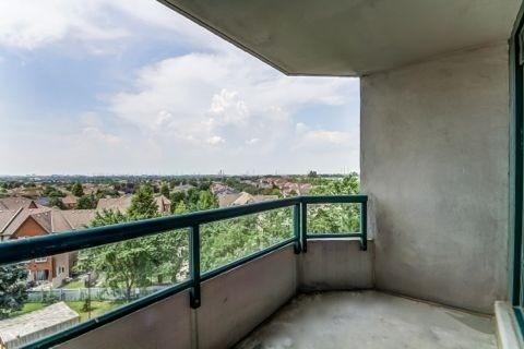 Condo Apartment at 110 Promenade Circ, Unit 706, Vaughan, Ontario. Image 10