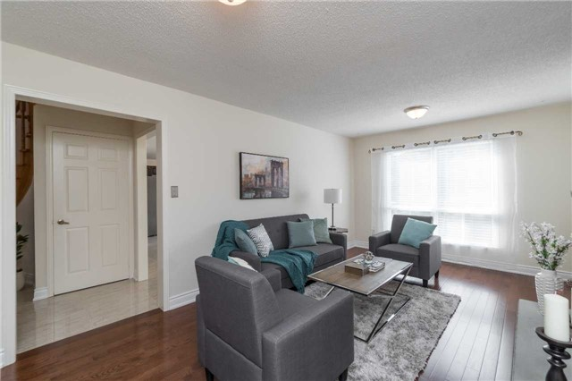 Detached at 87 Pine Bough Manr, Richmond Hill, Ontario. Image 15