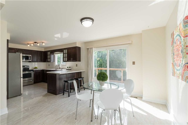 Detached at 87 Pine Bough Manr, Richmond Hill, Ontario. Image 18