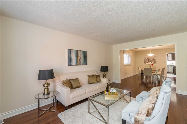 Detached at 87 Pine Bough Manr, Richmond Hill, Ontario. Image 20