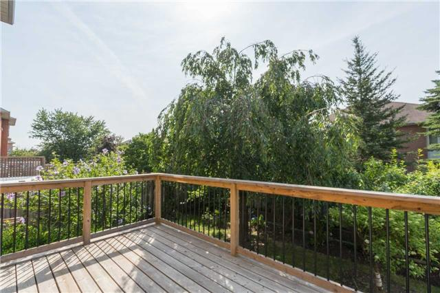 Detached at 87 Pine Bough Manr, Richmond Hill, Ontario. Image 11