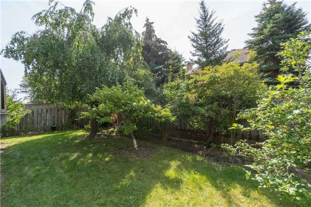 Detached at 87 Pine Bough Manr, Richmond Hill, Ontario. Image 13