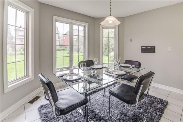 Detached at 990 Stonehaven Ave, Newmarket, Ontario. Image 20