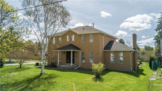 Detached at 69 Farr Ave, East Gwillimbury, Ontario. Image 1