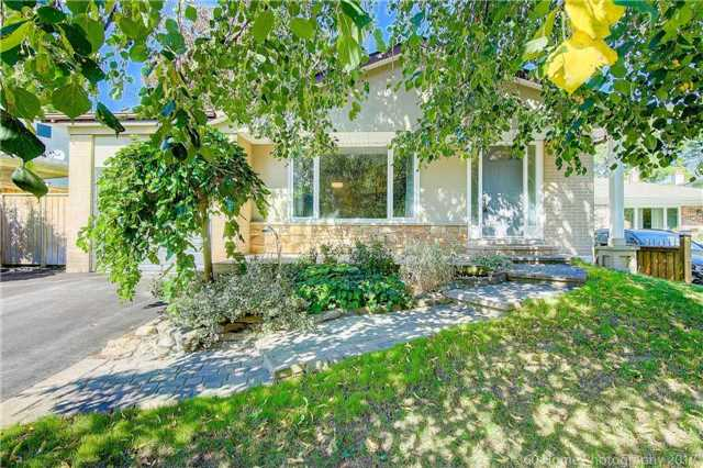 Detached at 410 Roywood Cres, Newmarket, Ontario. Image 1