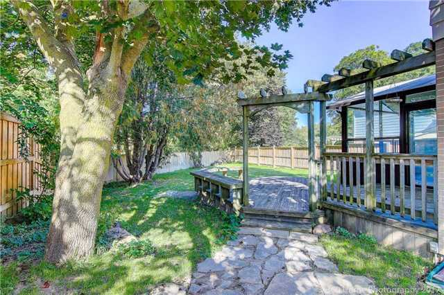 Detached at 410 Roywood Cres, Newmarket, Ontario. Image 11