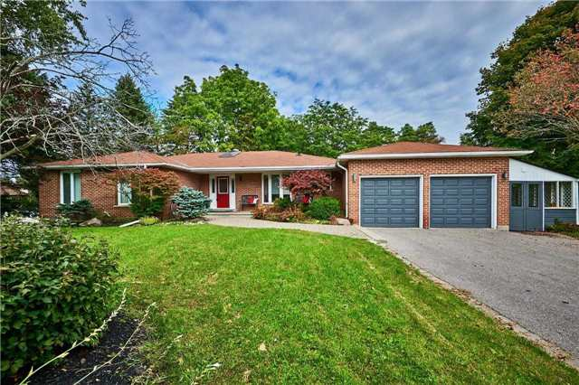 Detached at 13 Carlsberg Pl, Whitchurch-Stouffville, Ontario. Image 1