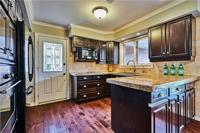 Detached at 13 Carlsberg Pl, Whitchurch-Stouffville, Ontario. Image 19