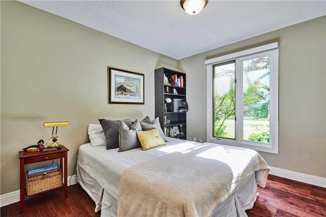 Detached at 13 Carlsberg Pl, Whitchurch-Stouffville, Ontario. Image 4
