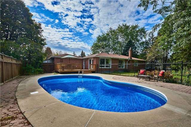 Detached at 13 Carlsberg Pl, Whitchurch-Stouffville, Ontario. Image 9