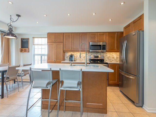 Semi-detached at 88 Cabin Trail Cres, Whitchurch-Stouffville, Ontario. Image 14