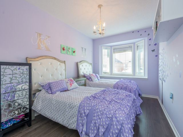 Semi-detached at 88 Cabin Trail Cres, Whitchurch-Stouffville, Ontario. Image 7